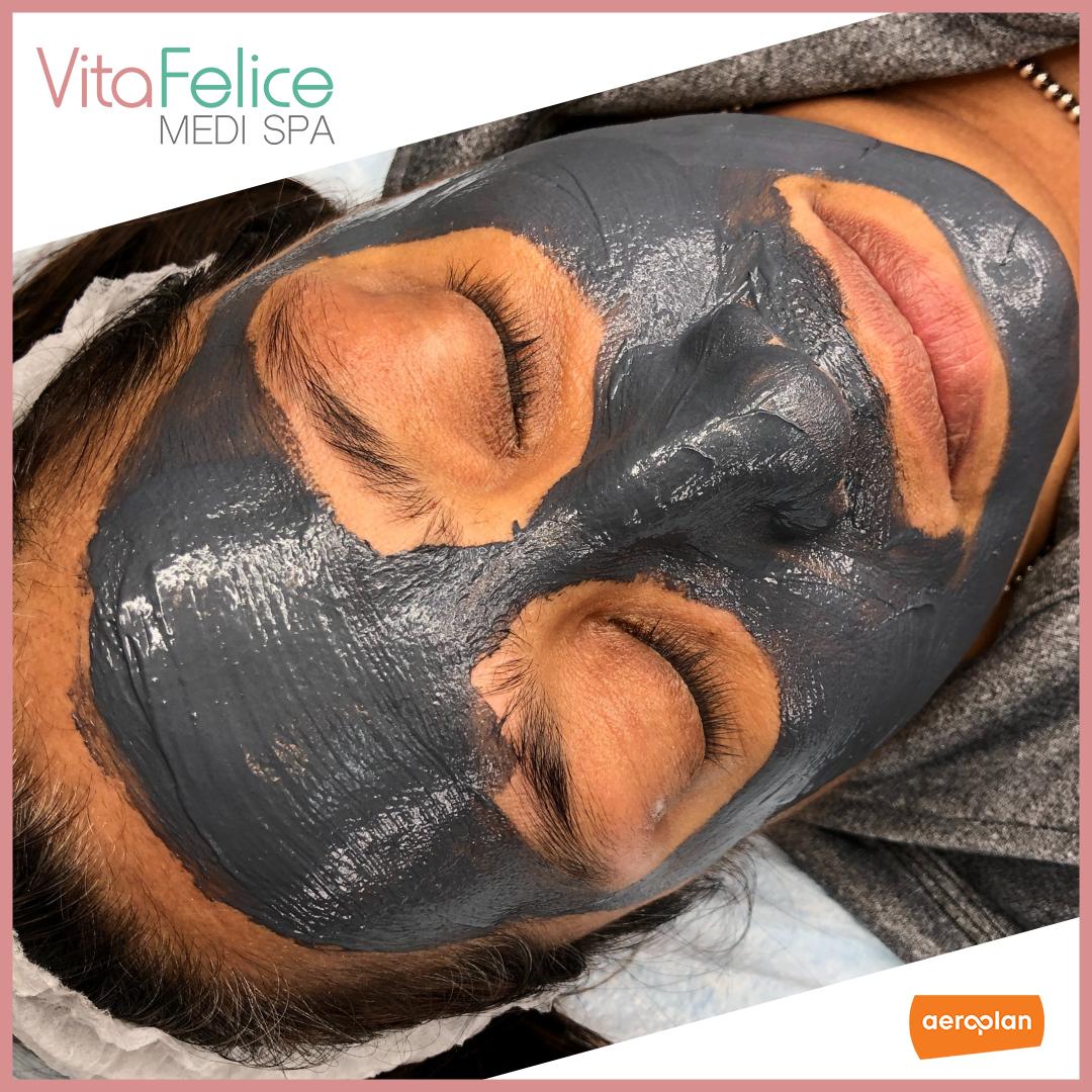 Vita Felice Custom Facial
